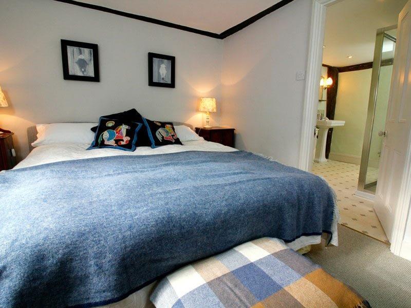 luxurious-doubleroom-ensuite